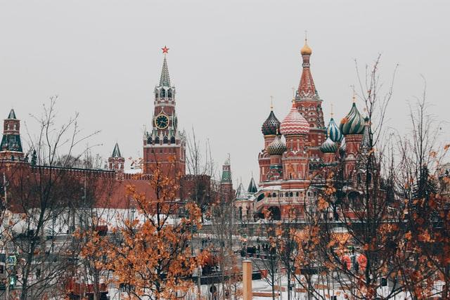 ロシア 人口