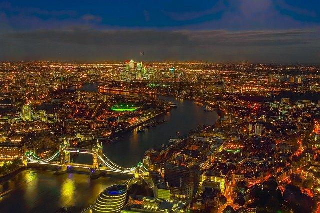 ロンドン 人口