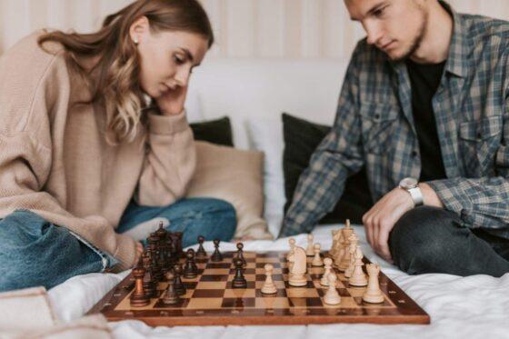 チェスする人