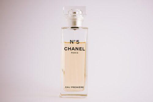 香水 シャネル フランス ファッション イギリス