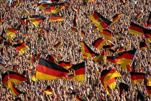 ドイツ サッカーのサポーター達