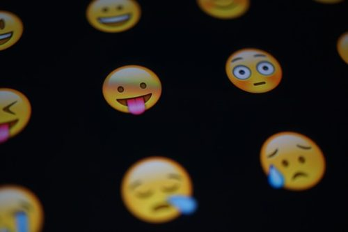 Emoji 絵文字 日本語から英語になった 言葉