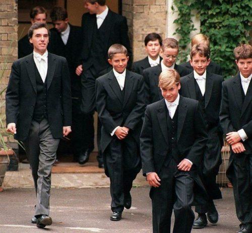 イギリス 上流階級 アッパークラス ボーディングスクール イートン校