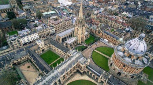 オックスフォード大学 イギリス 上流階級 アッパークラス