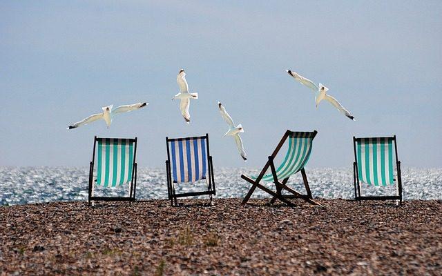 夏休みのビーチ